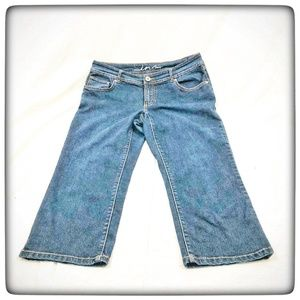 INC Denim Size 8 Women's Capris Jeans